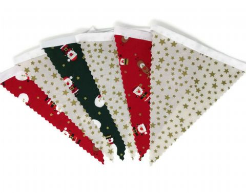 CHRISTMAS BUNTING   Stars Cream - Santa Reindeer  - White Tape - 3m - 14 flags (single-sided) (1)